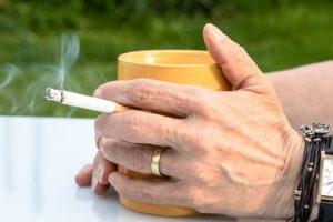 cigarette 2367456 640 300x200 - cigarette-2367456_640