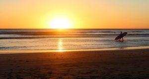 beach sunrise 1149548 12801 compressed 300x160 - beach-sunrise-1149548_1280(1)-compressed