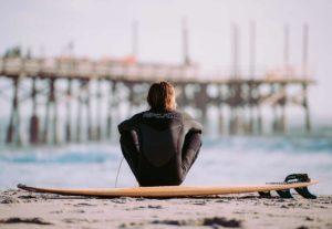 surfer 2168604 12801 compressed 300x207 - surfer-2168604_1280(1)-compressed