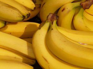 banana 5734 640 300x225 - banana-5734_640