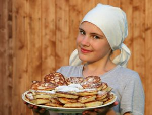 pancakes cook cakes hash browns 160703 300x228 - pancakes-cook-cakes-hash-browns-160703
