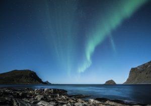 aurora borealis 1032523 640 300x211 - aurora-borealis-1032523_640
