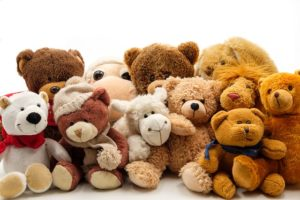 soft toys 3158361 640 300x200 - soft-toys-3158361_640