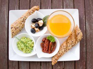 breakfast 1804436 640 300x224 - breakfast-1804436_640